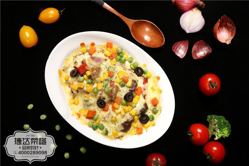 黑椒牛肉粒焗饭西餐菜品摄影